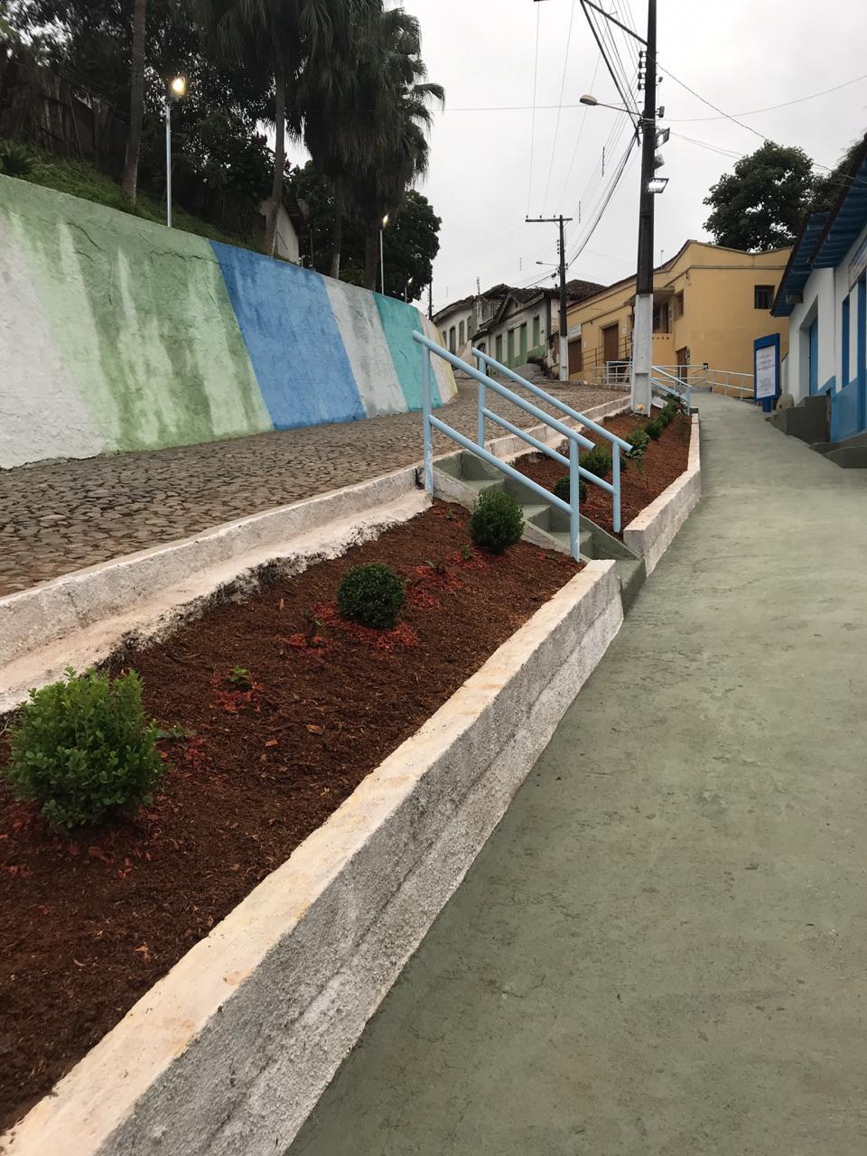 Prefeitura Municipal de Senhora do Porto inaugurou no dia 29/06/2020 a passarela Amélia Pereira Martins.